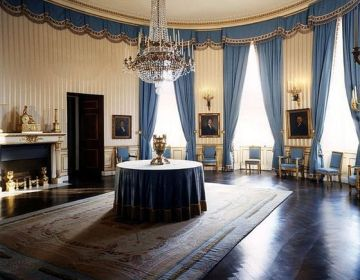 De 'blauwe kamer' van het Witte Huis in de periode dat John F. Kennedy president was