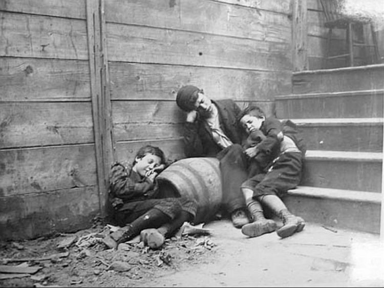 Kinderen in New York, ca. 1888 - Foto: Jacob Riis