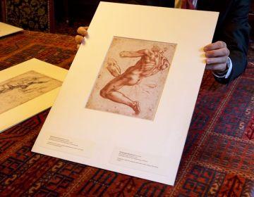 Tekeningen op de hand bekijken - Foto: Teylers Museum – Kees Hageman