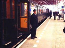 De trein op station Lelystad - Foto: Twitter / @Tobiaz
