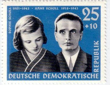 Duitse postzegel met daarop de beeltenis van Hans en Sophie Scholl