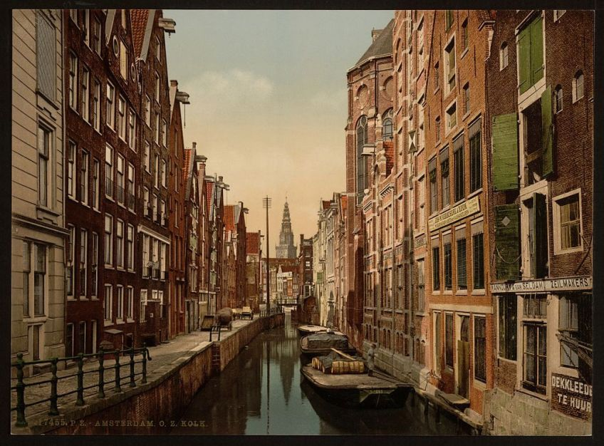 Oudezijds Kolk in Amsterdam rond 1890 (Library of Congress)