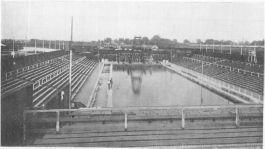 Het inmiddels verdwenen zwemstadion