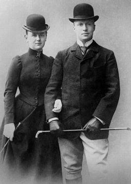 Foto van Wilhelmina en Hendrik van 17 oktober 1900, een dag na de bekendmaking van de verloving.