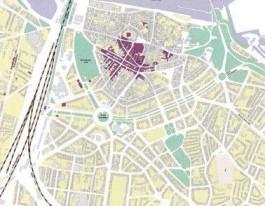 De gevolgen van het bombardement van Nijmegen. Het paars gekleurde gebied werd op 22 september 1944 nagenoeg vernield.