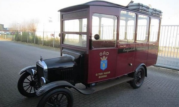 De T-Ford uit 1924 (Troostwijk Auctions)