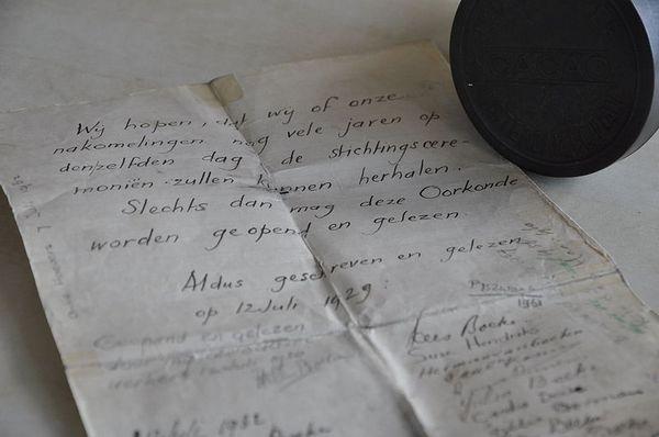 De oprichtingsbrief van de Werkplaats van 21 juli 1926, ondertekend door o.a. Kees Boeke - CC