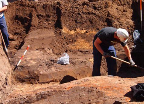 De opgraving in Ermelo (ErmeloVanNu - Natalie Overkamp)