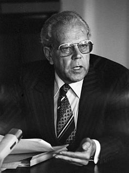 Wil Albeda in 1977 (cc-anefo-Koen Suyk)