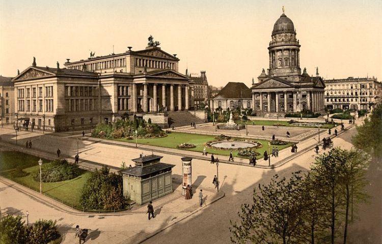 Gendarmenmarkt in Berlijn, ca. 1900 (Photochrom LOC)