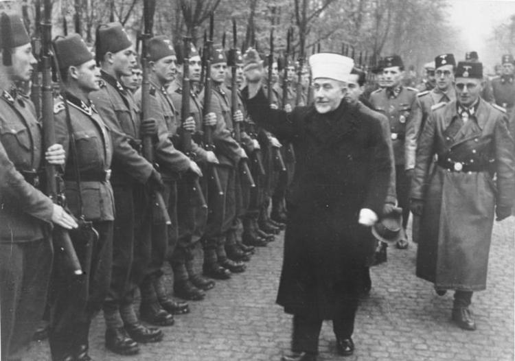 Amin al Husseini bei bosnischen SS-Freiwilligen