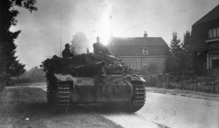 Foto gemaakt tijdens de Slag om Arnhem. (Bundesarchiv)