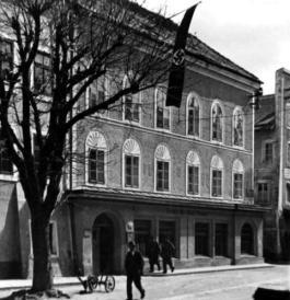 Geboortehuis van Adolf Hitler - cc