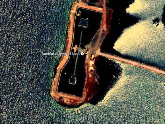 Satellietfoto van de tombe van Süleyman Shah (Google Maps)