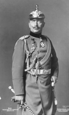 Wilhelm II met punthelm