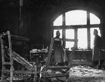 De Rijksdag na de brand