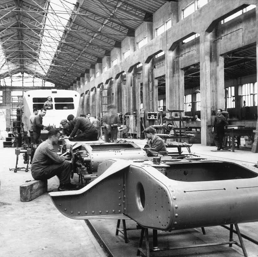 Productie autorails in de Bugatti-fabriek, Molsheim 1937 (Lelaidier - Photorail)