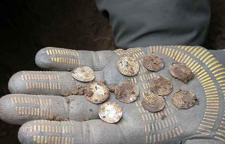 Enkele van de gevonden munten (Weekend Wanderers Club)