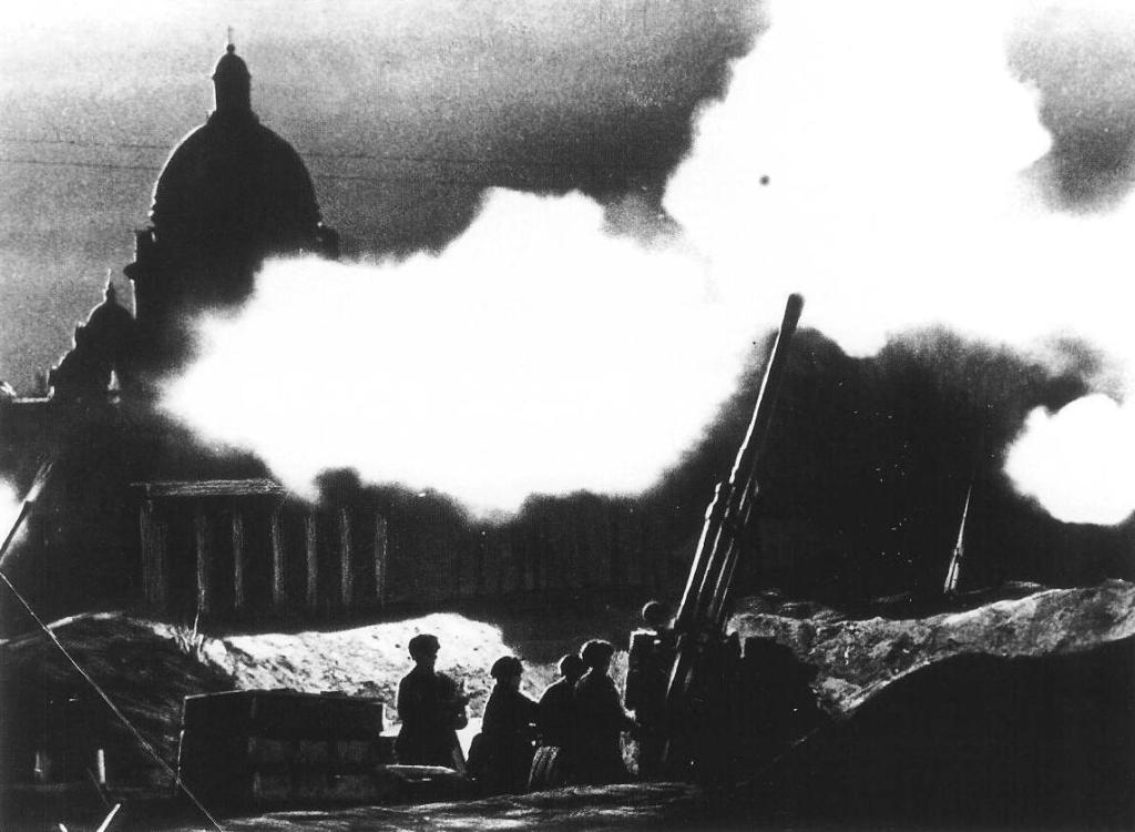 Verdediging van Leningrad tijdens de Tweede Wereldoorlog - cc