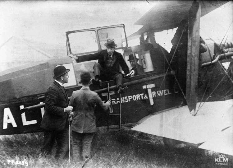 De eerste Nederlandse passagiers (blog.klm.com)