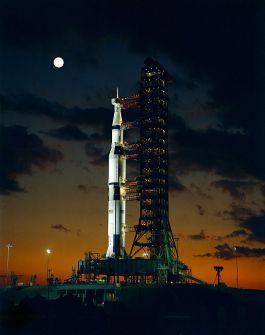 Saturn V (cc - NASA)