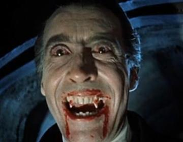 Christopher Lee als Dracula, 1958 (Publiek Domein - wiki)