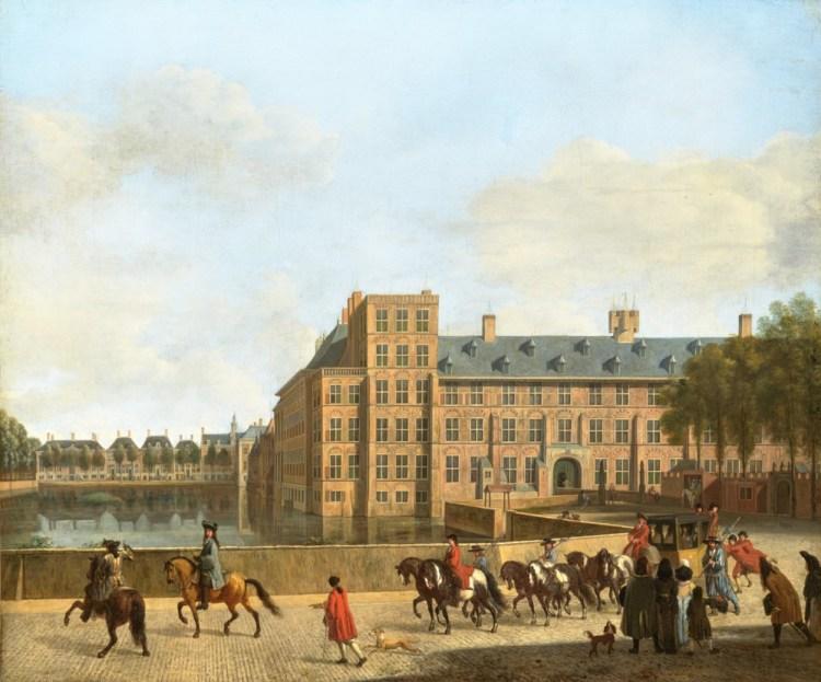 De laat 17de-eeuwse situatie op het Binnenhof diende in grote lijnen als uitgangspositie voor de restauratie aan het einde van de 19de eeuw. Schilderijen als deze dienden dan ook als voorbeeld voor het herstel of de uiteindelijke wederopbouw van de panden. Gerrit Adriaensz. Berckheyde en Jan van Huchtenburg, ca. 1700, Mauritshuis, Den Haag, inv. nr. 690.