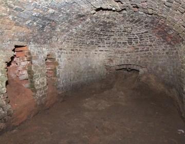 Negentiende-eeuwse pannenoven gevonden in Limburg