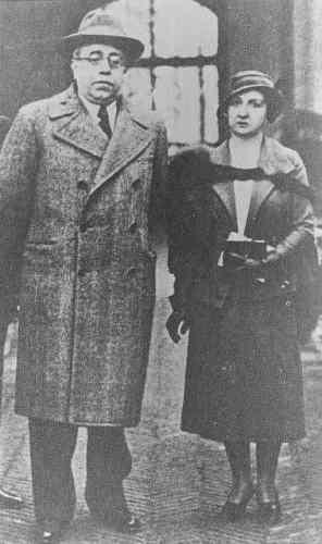Manuel Azaña con Dolores de Rivas Cherif
