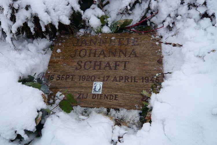 Grafsteen van Hannie Schaft - Foto: CC
