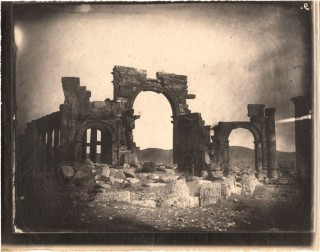 Palmyra (Syrië) in 1864. Foto door Louis Vignes (collectie: Getty Research Institute)