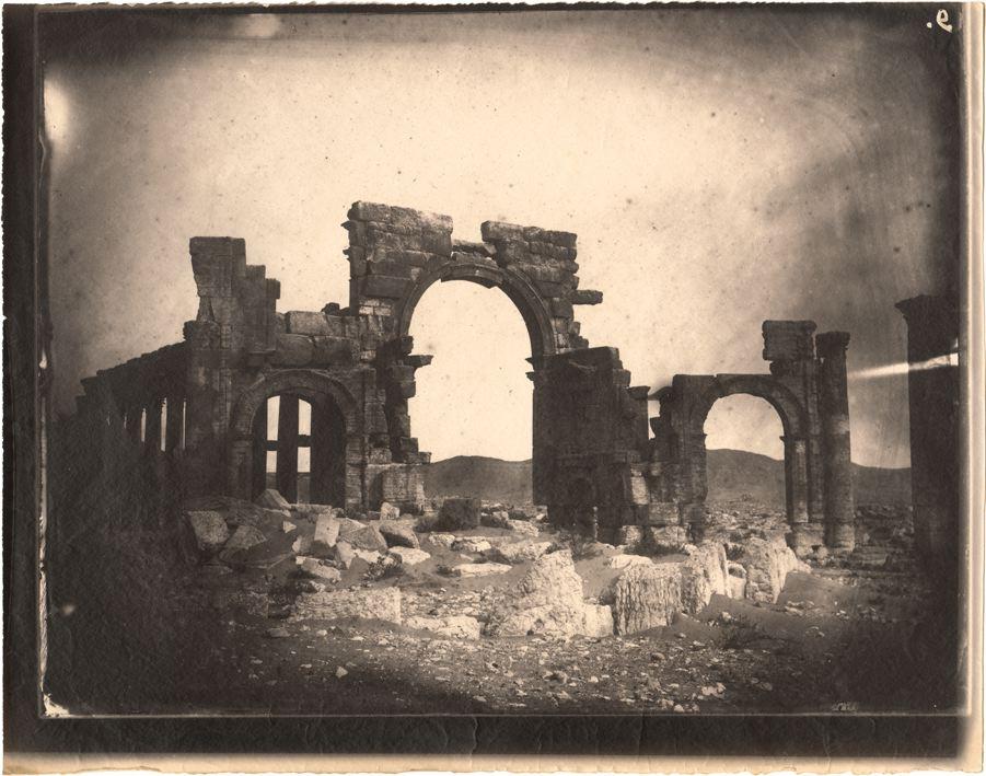 Palmyra (Syrië) in 1864. Foto door Louis Vignes (collectie: Getty Research Institute)