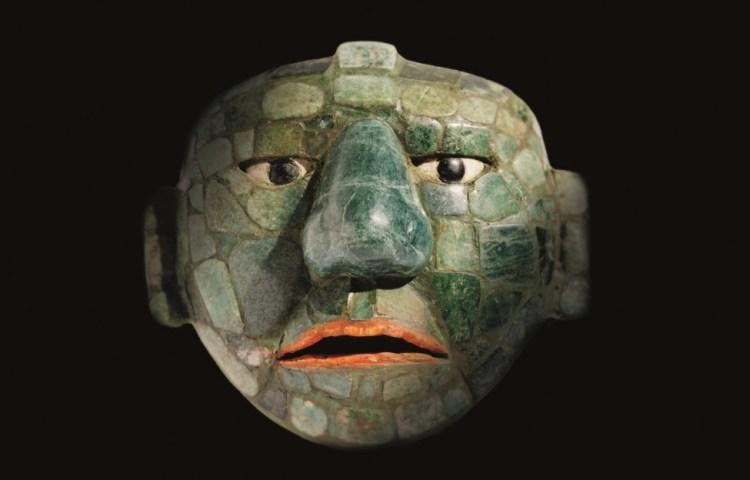 Masker gemaakt van jade, obsidiaan en schelpen, 500 - 800 na Christus, jade, collectie: Fundación La Ruta Maya, Guatemala