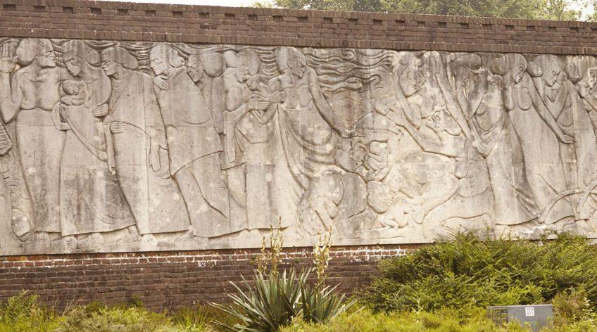 Deel van het reliëf aan de achterkant van het Belgenmonument - cc
