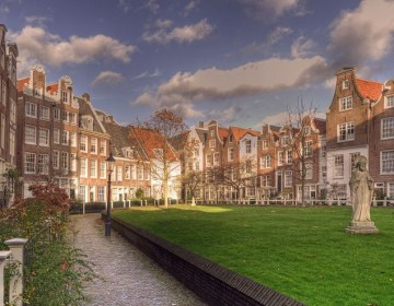 Het Begijnhof in Amsterdam - cc