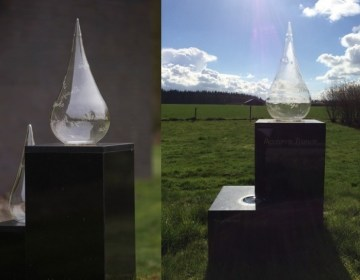 Het monument voor (links) en na de diefstal - Herinneringscentrum Kamp Westerbork
