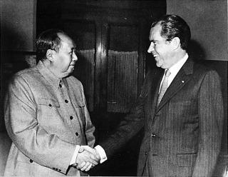 Nixon & Mao, tijdens een ontmoeting in 1972