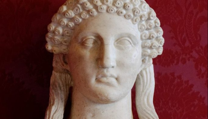 Romeinse kopie van de zogenaamde Sappho herme (Griekse grenssteen) uit de vijfde eeuw v.Chr.
