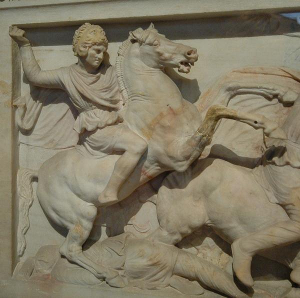 Detail van de Alexandersarcofaag (Archeologisch Museum van Istanbul)