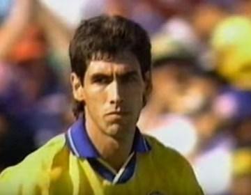 Andrés Escobar kort na het eigen doelpunt (Still YouTube)