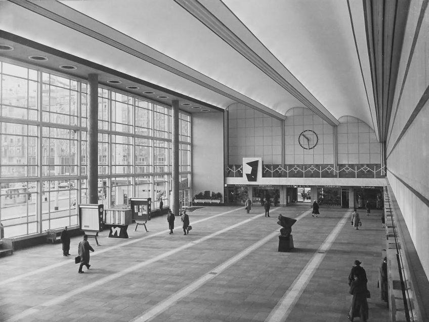 Stationshal Rotterdam, 1957