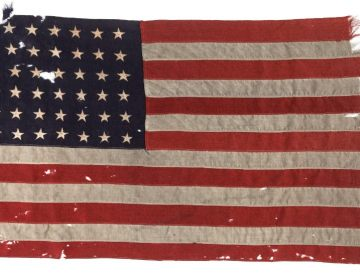 Amerikaanse D-Day vlag te zien in Nederland (Foto NMM)