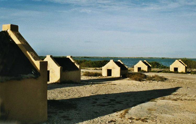 Slavenhuisjes op Bonaire - cc