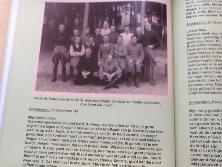 Een foto uit het kamp veroorzaakte zorgen in Nederland: 'Je bent zo mager'.