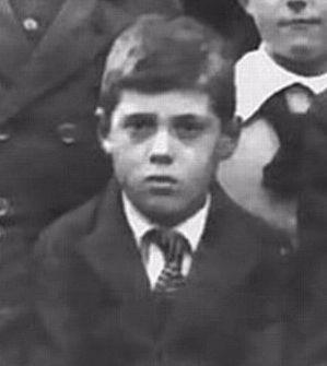 Adolf Eichmann als kind, 1916Adolf Eichmann als kind, 1916