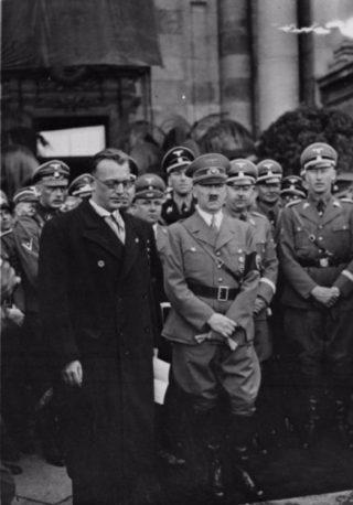 Seyss-Inquart tijdens de Anschluss in Wenen (1938)