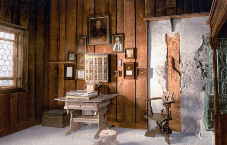Luthers kamer in de Wartburg - cc