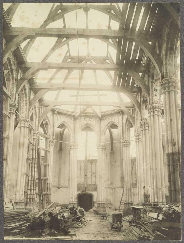 Nieuwezijds Kapel, interieur tijdens de afbraak, circa 1908, Amsterdam, Stadsarchief