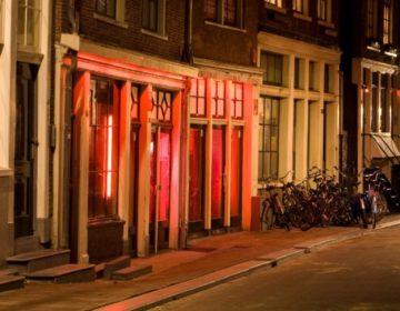Prostitutie in de Bloedstraat op de Wallen in Amsterdam - cc