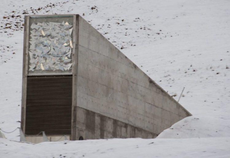 Toegang tot de wereldzadenbank op Spitsbergen